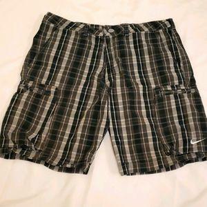 Nike Orange Tag Plaid Cotton Cargo Shorts Grey 34